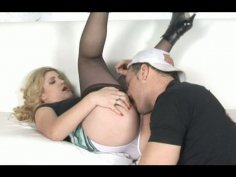 Country girl gets a stout fuck in small room