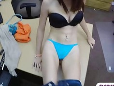 Babe in glasses nailed by horny pawn man at the pawnshop