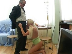 Mature teachers are getting oral job from babe