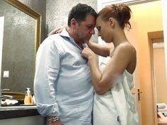 Grandpa makes love teen schoolgirl fucks facial