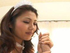 Gorgeous Japanese housemaid Aki Anzai gives blowjob