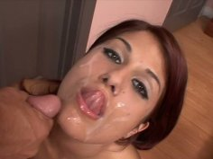 Luscious redhead chick Dahlia Denyle gets huge facial