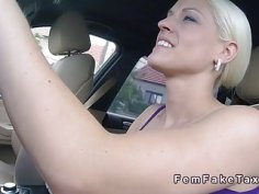 Dude bangs fake busty blonde taxi driver