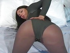 Nympho exposes fur pie in transparent tights