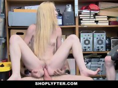 ShopLyfter Security Guard Fucks Teen In Front Of